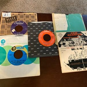 LOT OF 5.  45 RPM RECORDS LOT #21